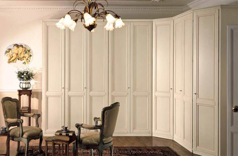 Распашные угловые шкафы (21 фото): с двумя дверями, однодвер.